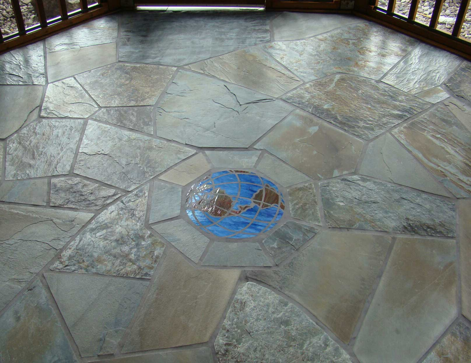Exterior bulk floor with mosaic
